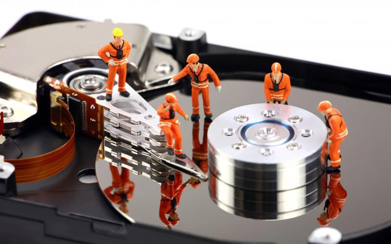 Ремонт жёсткого диска в магазине комплектующих для компьютера