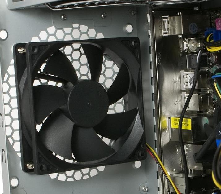 Почему гудит и шумит компьютер?