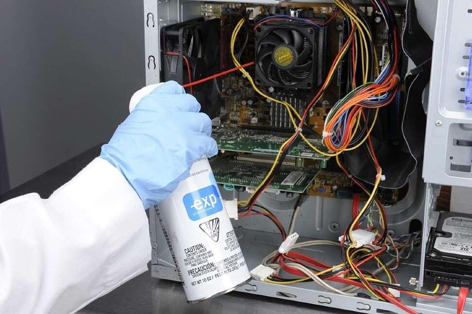 Почему нужно чистить от пыли системный блок?